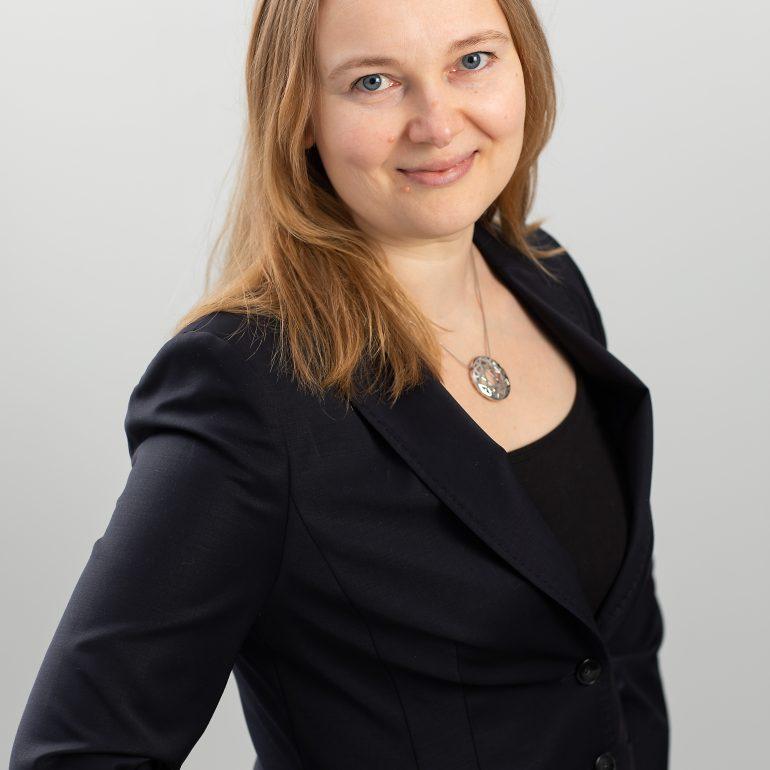 Tiina Rinne-Järvensivun henkilökuva.